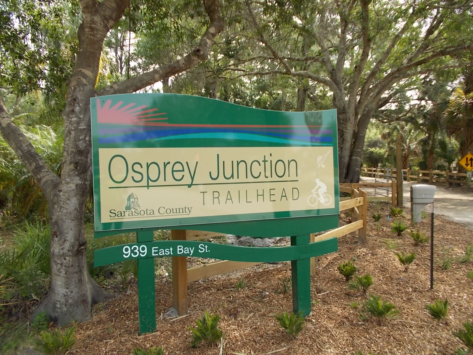 Enterance sign for the Osprey Junction trail
