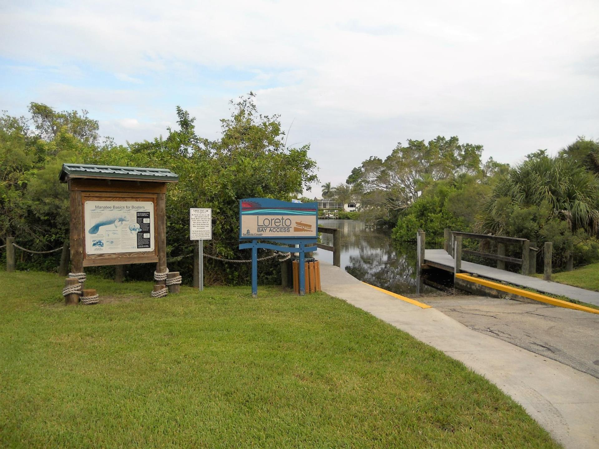 Loreto Bay Access_park and interpretive signs